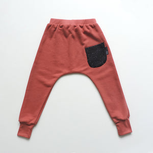 SET OF 2 PANTS RUST AND BLACK