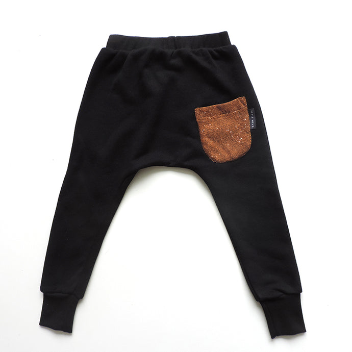 BLACK ONE POCKET PANTS