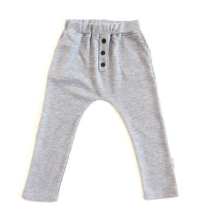 BUTTON PANTS IN LIGHT GREY