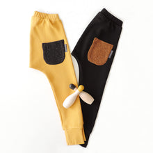Load image into Gallery viewer, SET OF 2 PANTS HONEY AND BLACK