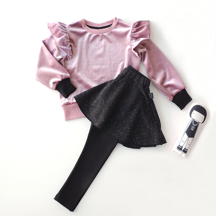 SET OF PINK SWEATSHIRT AND SKIRT