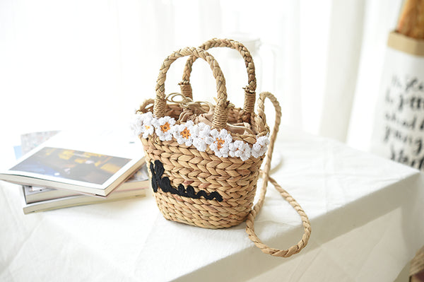 Mini Daisy Knitted Embroidered Bag