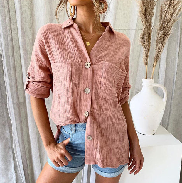 Collar button pocket shirt