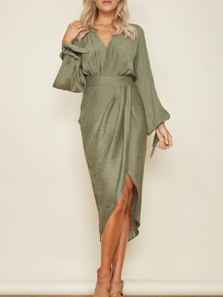 V Neck Split-Sleeve Dress