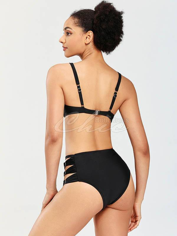Solid Color Underwired Bikini Swimsuit