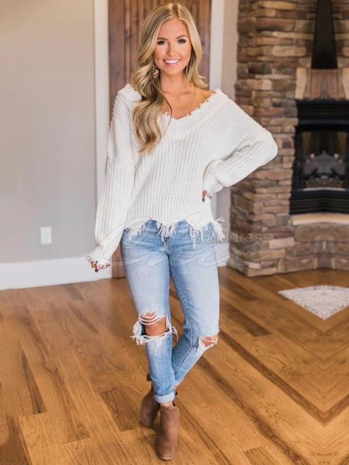 Solid Cropped Tasseled Sweater
