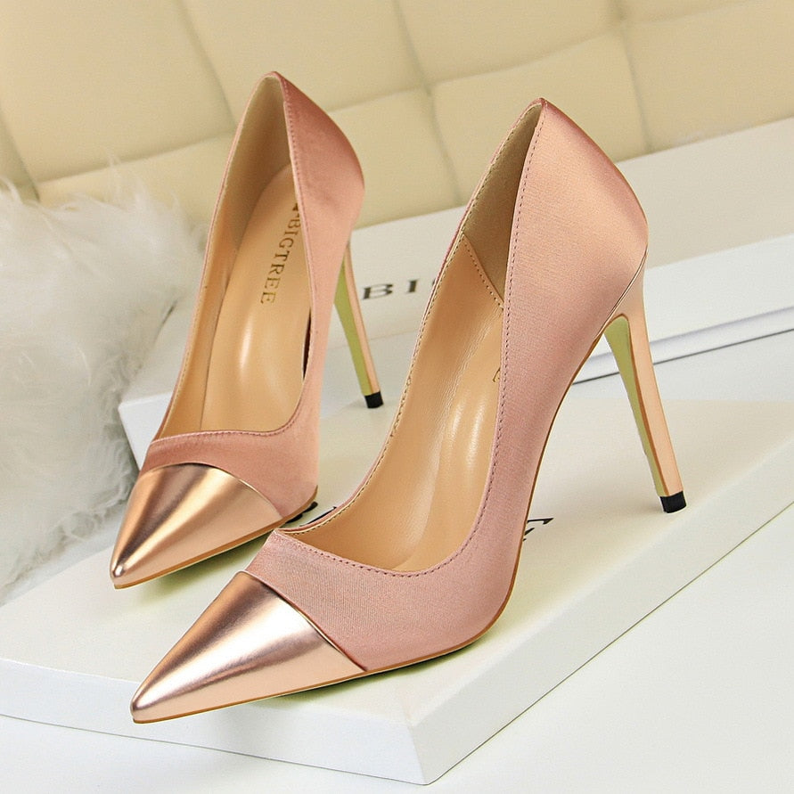 womens-pumps