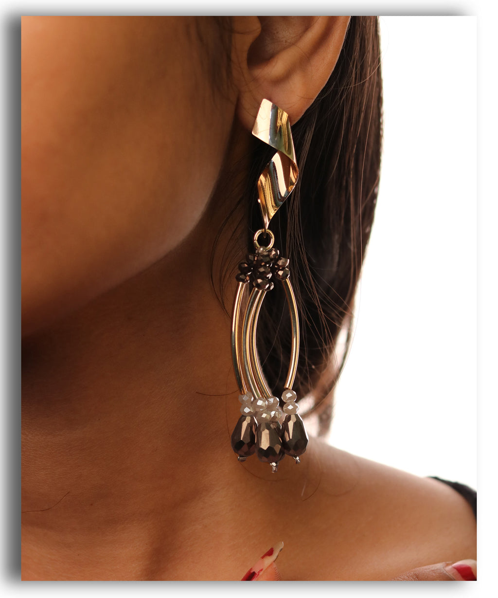 Curved Dangle Black Beaded