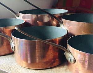 Vintage set of 5 copper pots