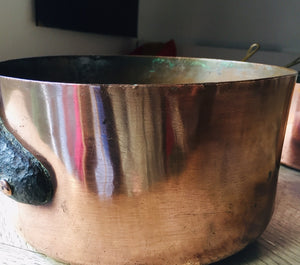 Large vintage Copper pot sauce pan