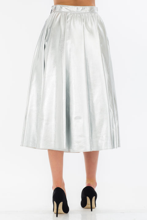 Silver-Tone Artificial Leather Skirt