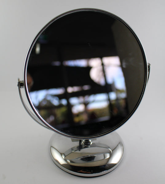Magnifying Mirror on Stand 7x