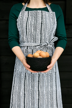 Load image into Gallery viewer, Kerttu Apron by Vallila