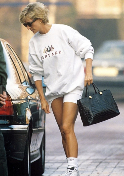 Hermes bag, oversized sweater, vintage sweatshirt