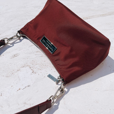 THE CHRISTY BURGUNDY NYLON BAG