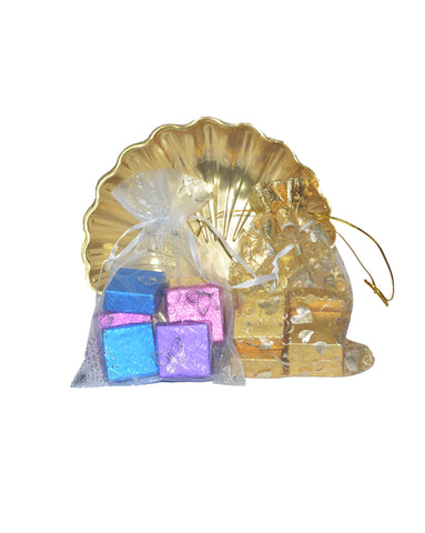 Gold Chocolate Gift Tray – 20 Pcs.