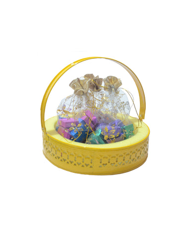 Merry Christmas Golden Netted Yellow Metal Basket Hamper