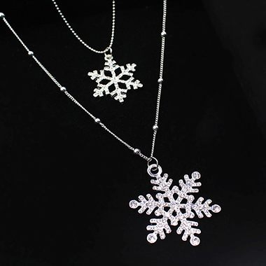 Rhinestone Decorated Snow Shape Silver Metal Beaded Necklace
