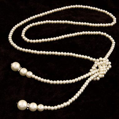 Faux Pearl Decorated One Layer Necklace - fashionyanclothes