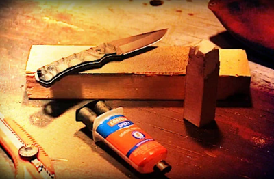 Discover Knife Stropping - THE Key to a Razor Sharp Blade