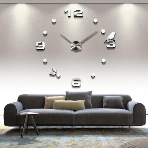 "Image of ""The Blue Jay"" Wall Clock Set"