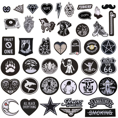 1pc Black White Biker Patches for Clothes Iron on Clothing Letter Appliques Skull Star Stripes Embroidered Sticker Round Badge