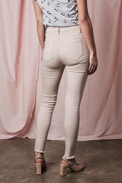 Lucia Mid Rise Skinny Jean in Blush