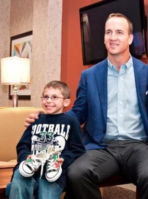 Peyton Manning and Donovan - Peachs Neet Feet