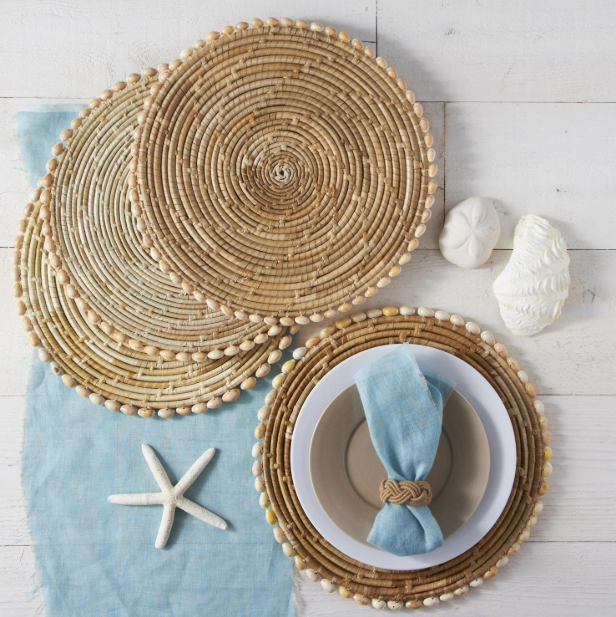 Seashell edge Placemats