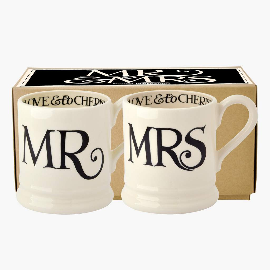 cadeauxwells - Black Toast 'Mr & Mrs' Set of 2 1/2 Pint Mugs Boxed - Emma Bridgewater - Crockery