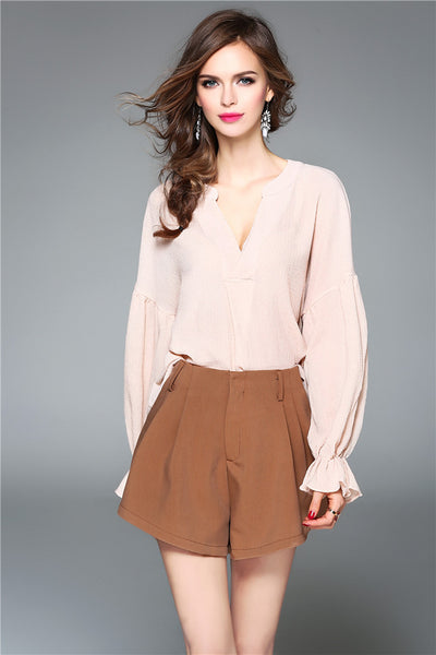 CM-SF032916 Women V-Neck Loosen Puff Sleeve Blouse With Wide-Leg Short Pants - Set