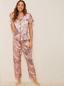 CM-PS606299 Women Trendy Seoul Style Crane And Tropical Print Satin Pajama Set - Pink