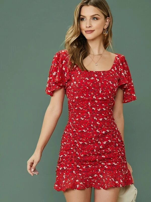 CM-DS213242 Women Bohemian Style Flutter Sleeve Ruffle Hem Ditsy Floral Ruched Dress - Red