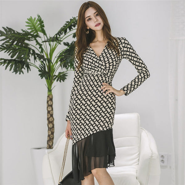 CM-DF092720 Women Casual Seoul Style V-Neck Gauze Fishtail Printings Skinny Dress