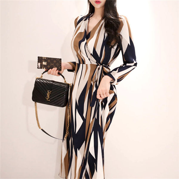 CM-DF092721 Women Casual Seoul Style Autumn Tie Waist V-Neck Stripes Flouncing Dress