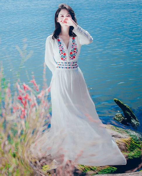 CM-DF122428 Women Casual Bohemian Style Floral Embroidery Split Maxi Dress - White