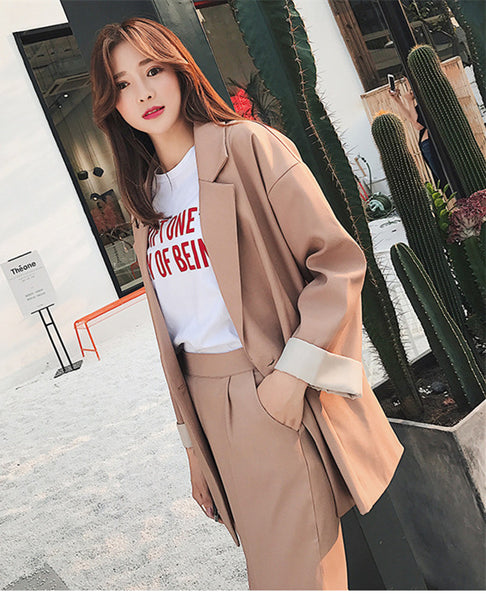 CM-SF010605 Women Elegant Modern Seoul Style Khaki Tailored Collar Leisure Suits - Set