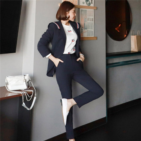 CM-SF081609 Women Elegant Seoul Style Stripes Tailored Collar Thick Leisure Suits - Set