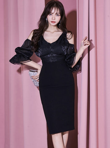 CM-DF03311 Women Retro Seoul Style V-Neck Off Shoulder Flare Sleeve Midi Dress - Black