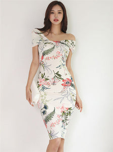 CM-DF050620 Women Charming Seoul Style Boat Neck Floral Print Skinny Tank Dress