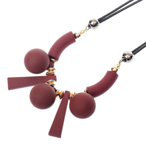 CM-AX300020 Women Ethnic Style Geometric Beads Wooden Bib Necklace - Wine Red