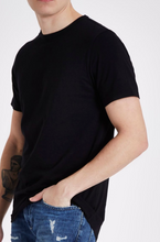 Load image into Gallery viewer, Black Longline Slim Fit Curved Hem T-Shirt - GIAN LONDON