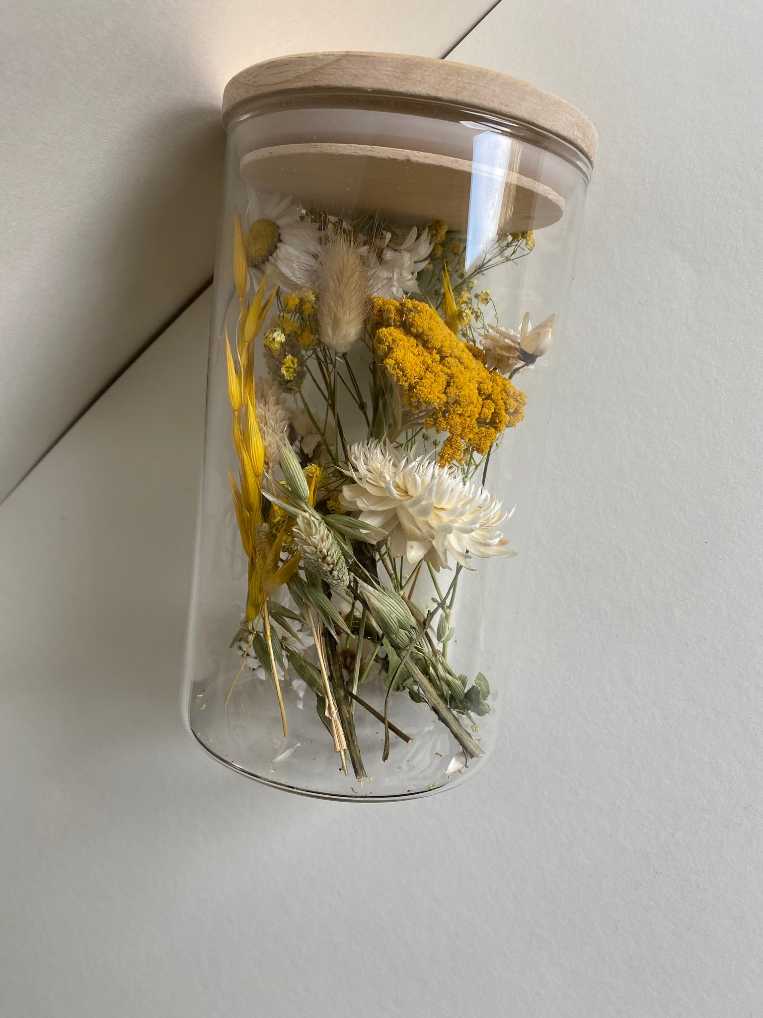 Droogbloemen In Glas- Yellow Tail