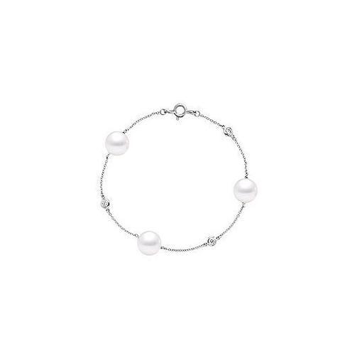 Diamond and Cultured South Sea Pearl Bracelet : 14K White Gold - 0.15 CT Diamonds