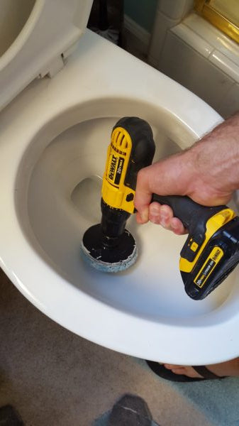 Cleaning Toilet Ring Effectively