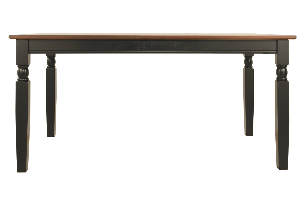 American minimalist dining table