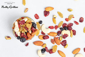 Nutty Gritties Sports Mix 350 g, Kalmi Dates 350 g, Roasted Pistachios 200 g, Jumbo California Almonds 500 g, California Walnut Kernels 200g - 1.4 kg
