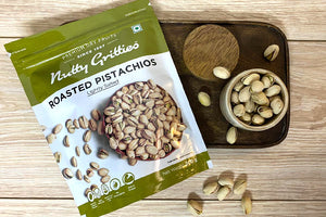 Roasted Pistachios( Pista ) lightly salted ( Pack of 5, 200 g Each ) -1 Kg