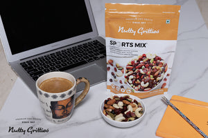 Nuts, Berries Combo - Sports Mix 350g, Mix Berries  200g, Super Seeds Mix 200g, Pepper Cashew 200g - 950 gms