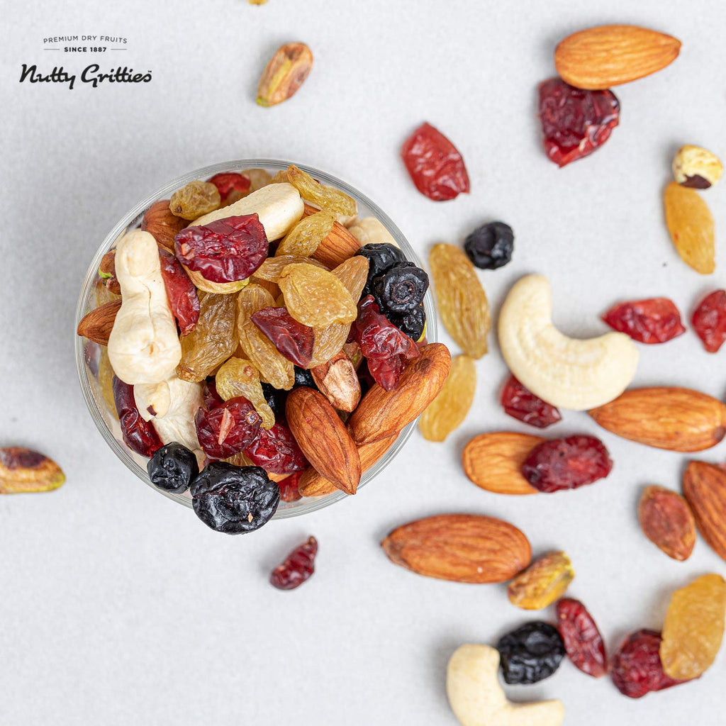 Nutty Gritties Sports Mix - Roasted Almonds, Cashews, Pistachios, Dried Blueberries, Cranberries and Raisins - 54GMS ( Pack of 1)